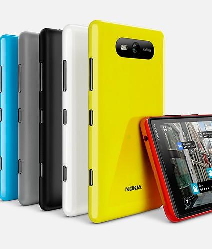 Nokia-Lumia-820-product-hero-2-jpg