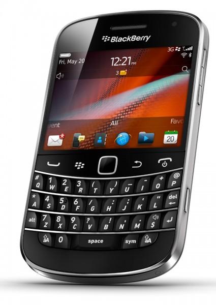 04232840-photo-blackberry-bold-9900